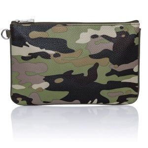 NEW CAMO Zippered Pouch